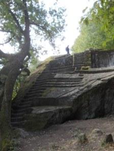 bomarzo piramide etrusca alessandro vergari walden viaggi a piedi